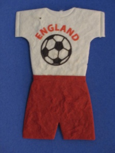 England Football Kit - Mulberry Paper